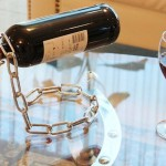 magic-chain-wine-bottle-holder